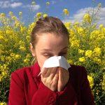 Primavera: tempo di allergia ai pollini, i consigli del ministero della salute