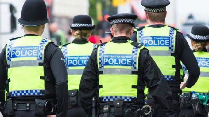 Londra: esplosione in metro, torna l'allarme terrorismo
