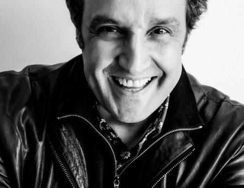 """""""La strada senza tasse"""", su Rai Tre l'esperimento sociale di Flavio Insinna"""