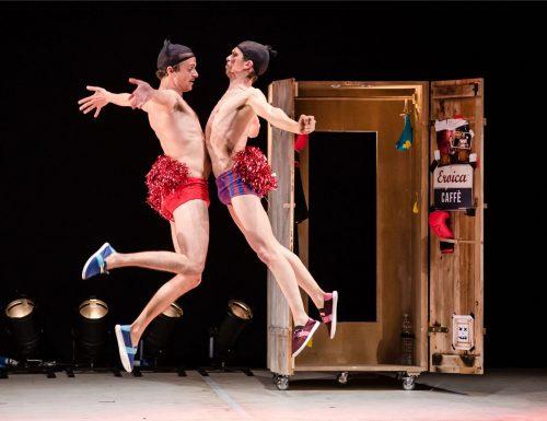 Hallo! I'm Jacket! di Dimitri Canessa in scena all'Auditorium Centro Sociale di Salerno