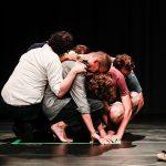 """""""M2"""", la performance che prende le mosse dal tema del viaggio dei migranti"""