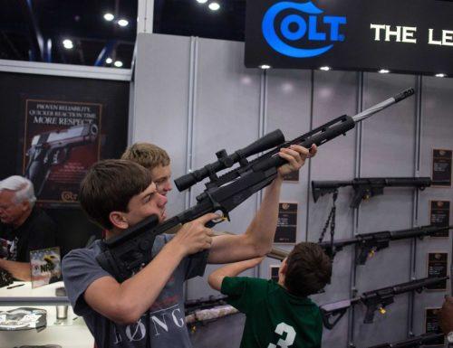 Florida, sparatoria in un Liceo: strage annunciata?