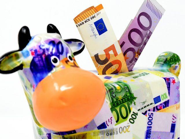 """Banche, """"Cicala o Formica"""": Il 79 % dei consumatori vorrebbe maggiori informazioni su risparmio, investimenti e protezione"""