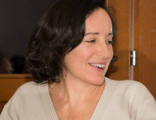 """""""Le pietre in tasca"""", la realtà e la fiction che si incrociano nel nuovo libro di Laura Sabatino"""