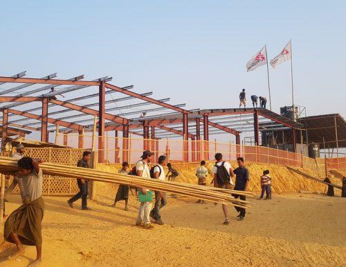 """Rohingya: """"L'ospedale sulla collina"""", MSF apre una nuova struttura nel cuore di un campo rifugiati in Bangladesh"""