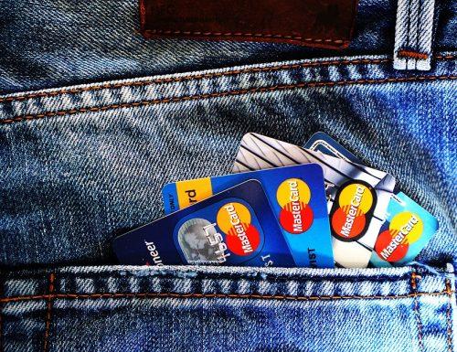 Consumatori e banche, come cambia il rapporto ai tempi di internet
