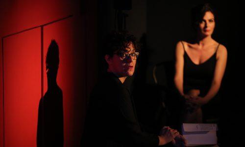 """""""Gli occhi delle donne"""", al Teatrosophia emozioni fra risate e riflessioni a passo di tango"""