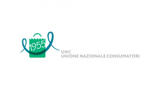 UNC, segnalazione all'Antitrust su Alessia Marcuzzi e Versace per influencer marketing