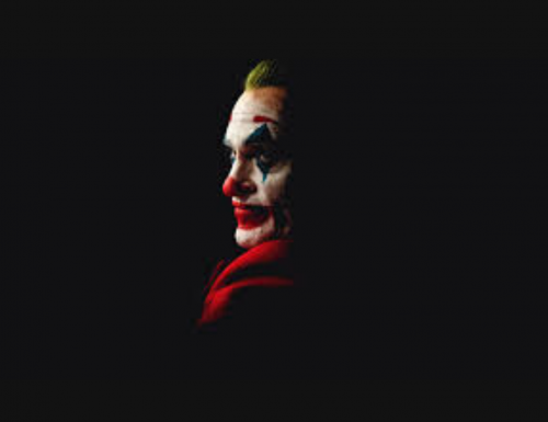 """""""Joker"""", Joaquin Phoenix e la mente criminale simbolo della rivolta contro l'arroganza e il potere"""