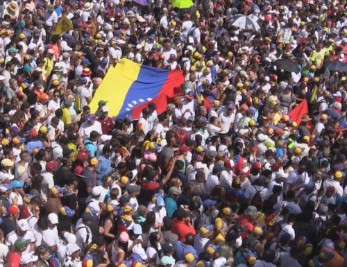 Il Venezuela e quella maledizione dell'oro nero che stritola i poveri
