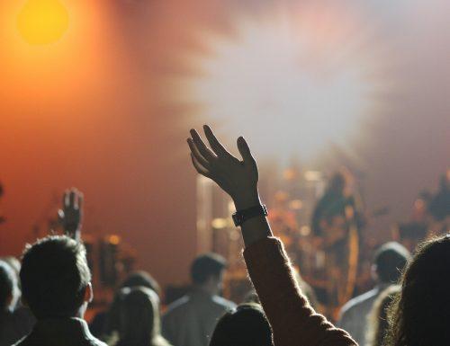 Concerti annullati: Governo apre a rimborsi, Codacons protesta