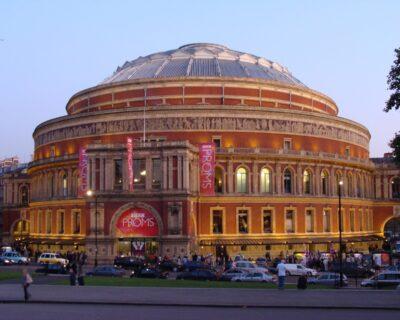 Tutto pronto per riaprire la Royal Albert Hall di Londra