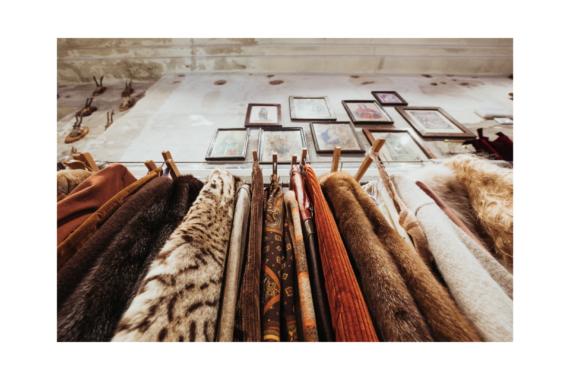 """""""Retrograde"""", il temporary shop firmato East Market dedicato all'abbigliamento vintage"""